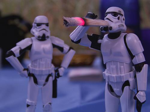 stormtroopers-weedmemes.jpg